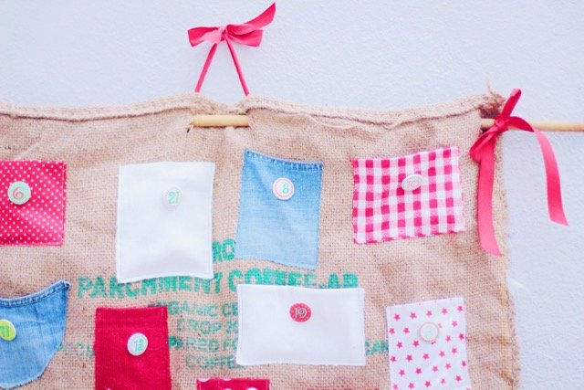 diy burlap bag advent calendar by pippapiemaker.com