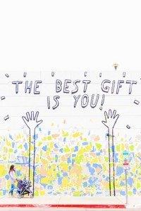 Stresst dich die Geschenke Suche zu Weihnachten oder zum Geburtstag auch immer so? Hier erfährst du wie du in 4 einfachen Schritten eine persönliche und bedeutungsvolle Geschenkidee für jeden entwickeln kannst!