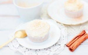 Wenn du Pumpkin Pie magst, musst du diese Süßkartoffel Cupcakes probieren! Sie sind wirklich mega lecker und super gut vorzubereiten.