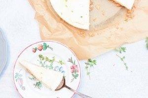 Ein super leckerer Käsekuchen ohne Backen. Geht schnell und lässt sich perfekt vorbereiten. Guter, frischer Sommerkuchen!